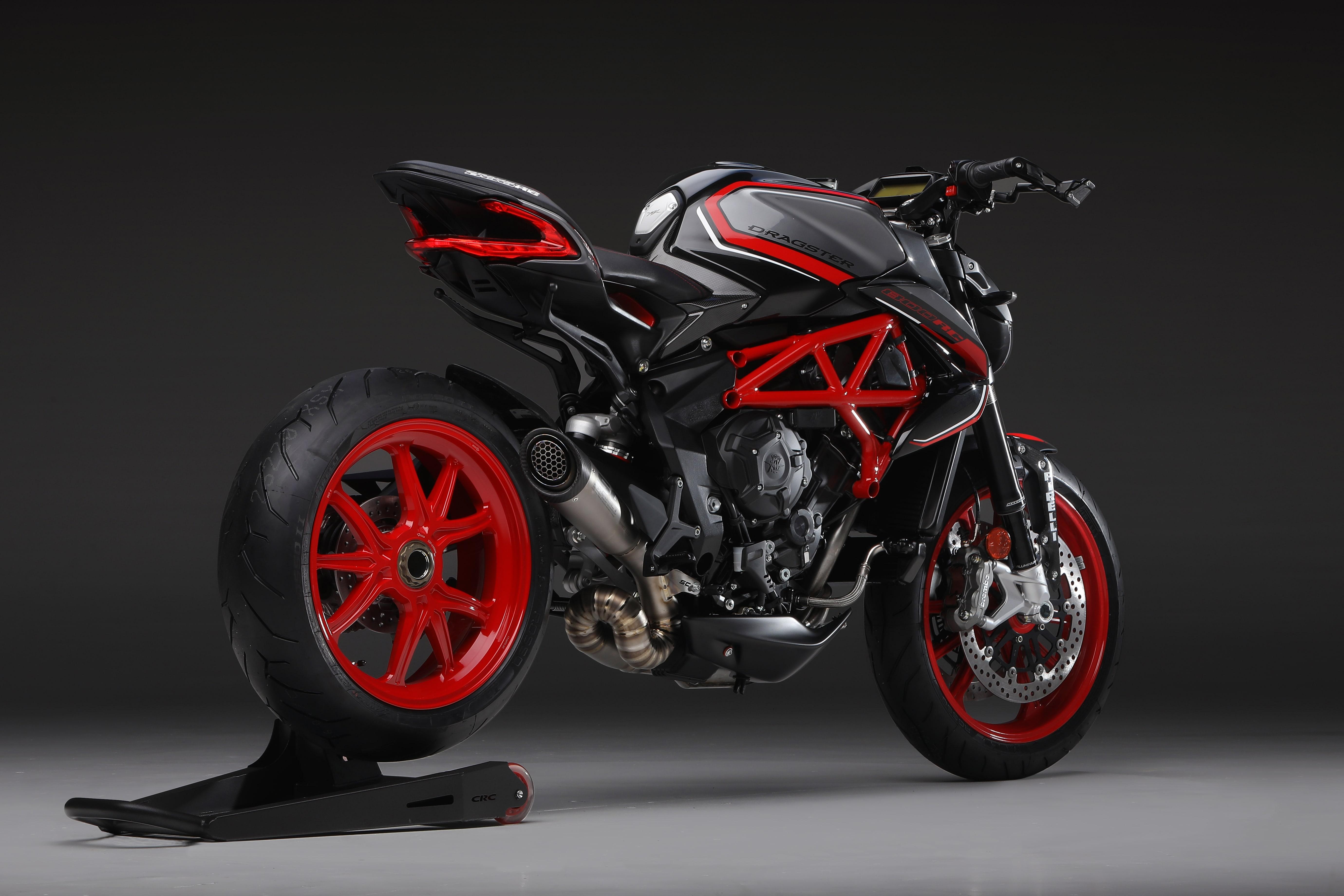 / METALLIC AVIO GREY / METALLIC CARBON BLACK / AGO RED